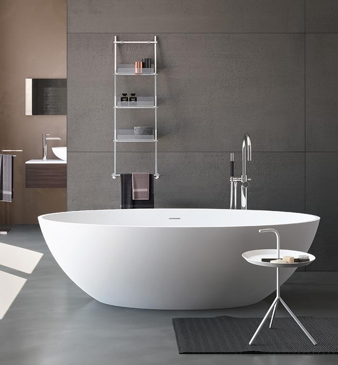 Luxusní volně stojící oválná vana v čistém a elegantním deisgnu.